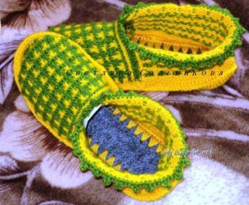 Вязание следков - тапочек из двух цветов пряжи