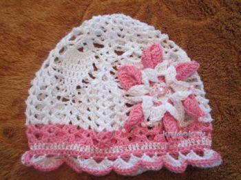 Ажурная шапочка для девочки — работа Натальи. Вязание крючком.