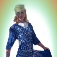 Ажурное женское платье крючком — работа Ирины