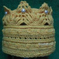 Вязаная корона — работа Елены
