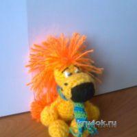 Вязаная игрушка Левка — одуванчик