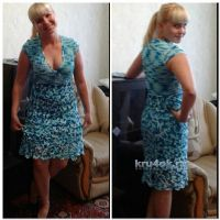 Вязаное крючком платье — работа Людмилы