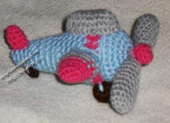Вязаная игрушка — самолет. Вязание крючком.