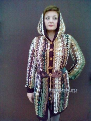 Пальто, связанное на вилке — работа Елены. Вязание крючком.