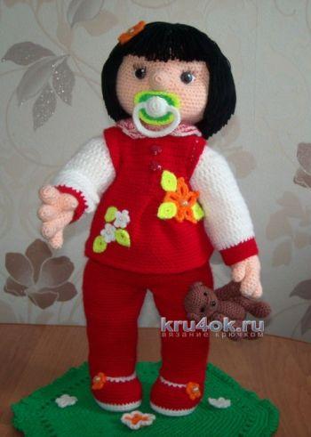 Вязаная крючком кукла —
