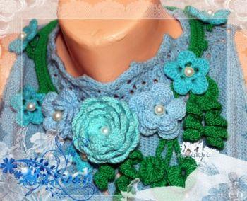 Вязаное украшение ожерелье из цветов