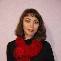 Ажурный шарф Багрянец со съёмными украшениями. Ленточное кружево