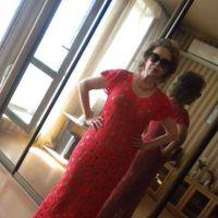 Коралловое ажурное платье крючком — работа Марии