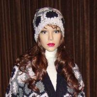 Вязаное крючком пальто из мотивов — работа Марии Казановой