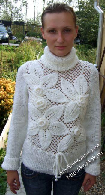 Белый джемпер – работа Марии Казановой. Вязание крючком.