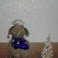Вязаная крючком овечка — работа Ольги Коноваловой