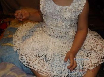 Детское платье крючком — работа Оксаны. Вязание крючком.