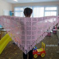 Розовая шаль — работа Ольги