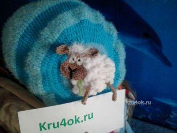 Беретка Веселая овечка — работа Ольги. Вязание крючком.