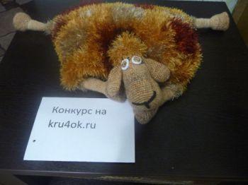 Подушка – овечка. Работа Натальи Самойловой. Вязание крючком.