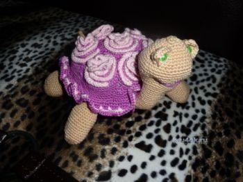 Вязаные крючком черепашки — работы Натальи Самойловой. Вязание крючком.