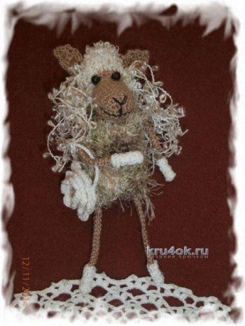 Вязаная игрушка овечка – работа Елены. Вязание крючком.