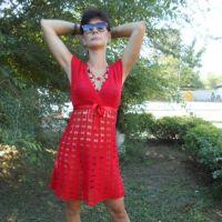 Красное вязаное платье — работа Татьяны Султановой