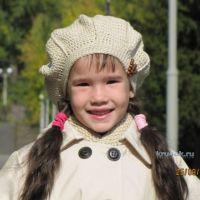 Берет и шарф для девочки — работы Арины