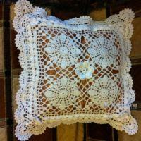 Подушка Снежинка — работа Надежды