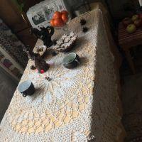 Вязаная крючком скатерть — работа Ромашевой Татьяны