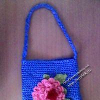 Детская сумочка, связанная из пакетов