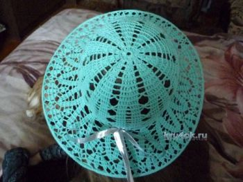 Вязанная крючком шляпа - работа Елены Антиповой