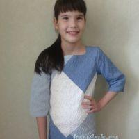 Вязаное платье для девочки — работа Арины
