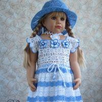 Вязаное детское платье - работа Валентины Литвиновой