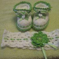 Пинетки и повязка крючком — работы Марины