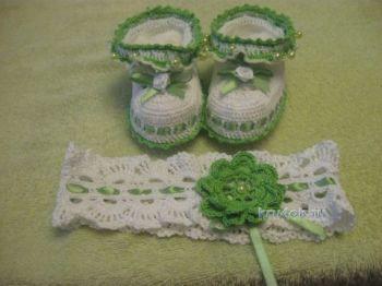 Пинетки и повязка крючком для новорожденного