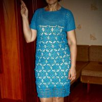 Голубое платье крючком — работа Анжелы