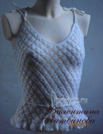 Летний топик для девочки — работа Валентины Литвиновой. Вязание крючком.