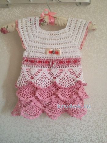 Детское платье крючком – работа Анастасии. Вязание крючком.