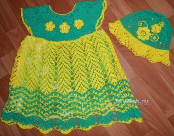 Платье и шапочка для девочки – работы Галины Лукериной. Вязание крючком.