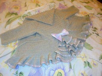 Пальто для девочки – работа Натальи Трусовой. Вязание крючком.