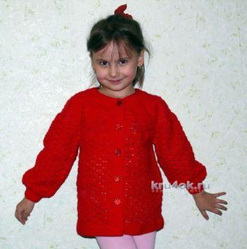 Детский жакет с кокеткой – работа Надежды Хабибуллиной. Вязание крючком.