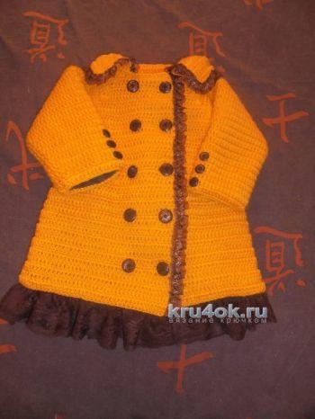 Детское пальто крючком. Работа Натальи Трусовой. Вязание крючком.