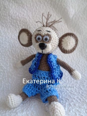 Вязаная обезьяна – символ нового года. Работы Екатерины К.. Вязание крючком.