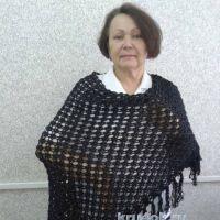 Вязаная шаль. Работа Галины Коржуновой