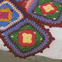 Шапка и шарф из квадратных мотивов