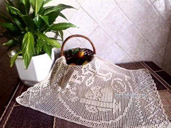 Салфетка к Пасхе, филейное вязание. Работа Аллы