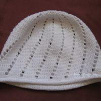 Детская шапочка крючком. Работа Ирины