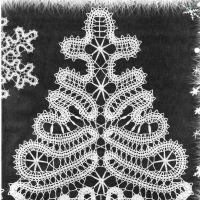 Вязание крючком снежинок и ёлки, брюггское кружево