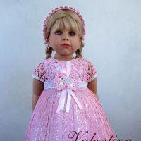 Вязаное крючком детское платье. Работа Валентины Литвиновой