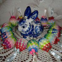 Пасхальное яйцо с бантиками. Работа Фланденой Татьяны