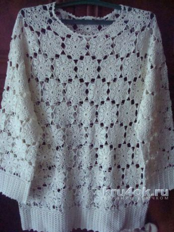 Женская блуза крючком. Работа Анжелы. Вязание крючком.