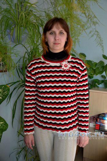 Женский пуловер Волны. Работа Светланы. Вязание крючком.