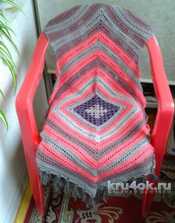 Вязаная накидка на кресло. Работа Галины Коржуновой. Вязание крючком.
