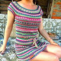 Вязаное крючком платье. Работа Марии Дайнеко
